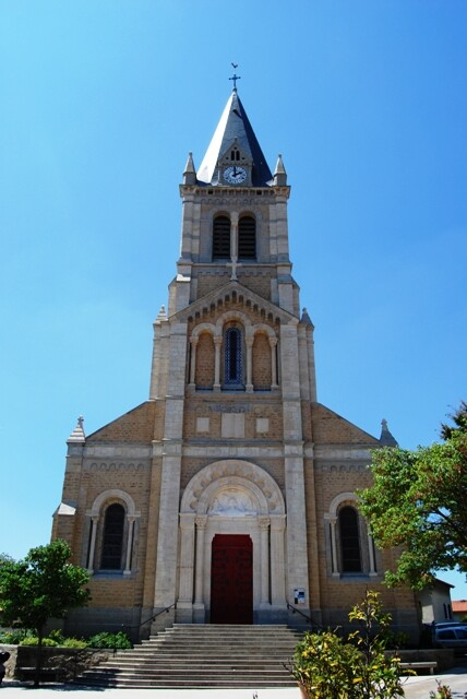 Eglise_St_Jean_Marie_VIANNEY_.jpg